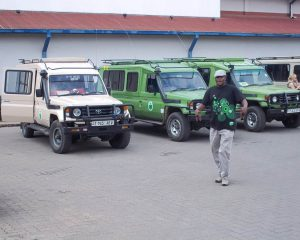 Borderless-Tours-Sarafis-vehicles-4