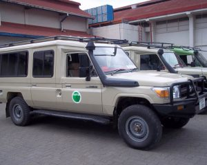 Borderless-Tours-Sarafis-vehicles-5