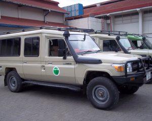 Borderless-Tours-Sarafis-vehicles-5